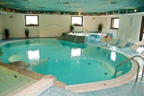 Livigno hotels livigno skiing resort alexander hotel livigno luxury mountain hotels - Livigno hotel con piscina ...